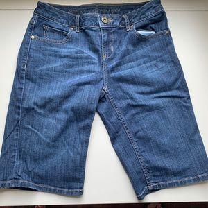 Simply Vera Wang Bermuda Jean Shorts